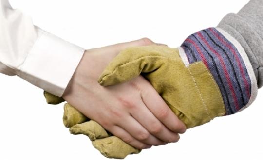 symbolic handshake to get a deal round
